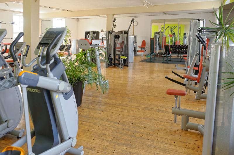 Fitnessstudio Einrichtung fitnessstudio physiodomus krafttraining und ausdauertraining im